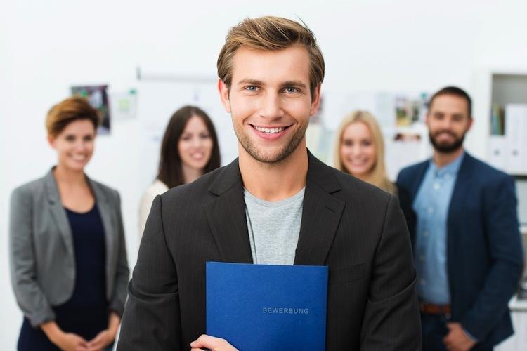 Versicherungen: Tipps für Berufseinsteiger