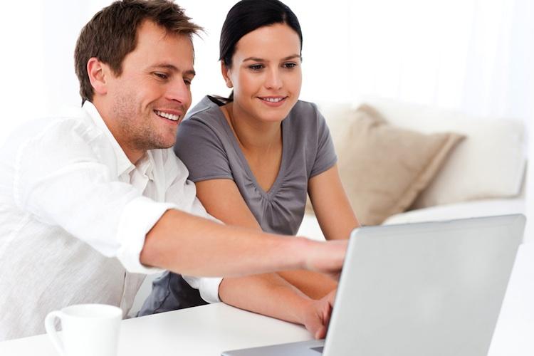Versicherer verbessern Online-Kommunikation