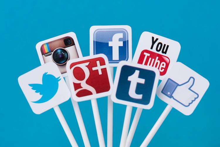 Banken und Versicherer sind im Social Web zu wenig aktiv