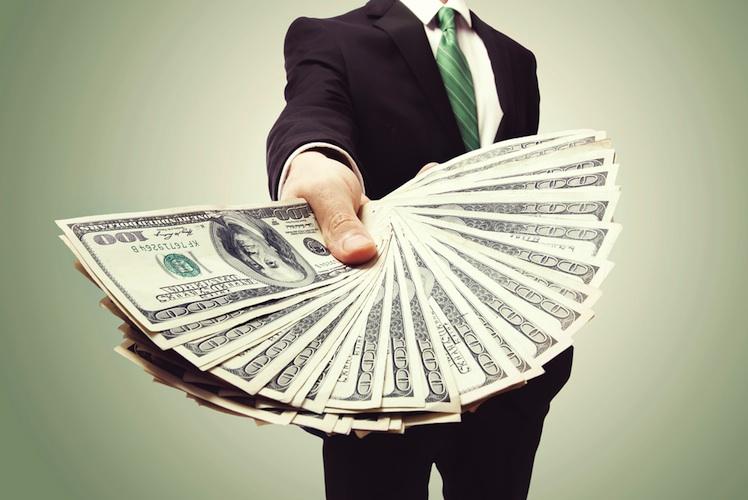 Milliarden-dollar in Optionen von 2008 brachten Goldman-Bankern im Vorjahr zwei Milliarden Dollar