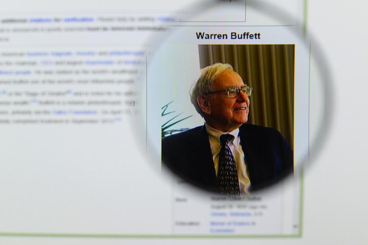 Warren-buffet in Buffett delegiert Aufsicht über neue Firmen an Stellvertreter