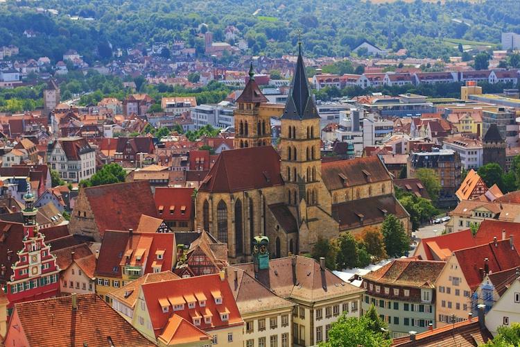 Esslingen in Union Investment kauft für offenen Immobilienfonds in Esslingen ein
