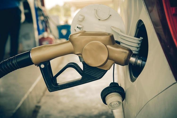 Oelpreis in Ölpreis Ende 2015 bei 100 Dollar