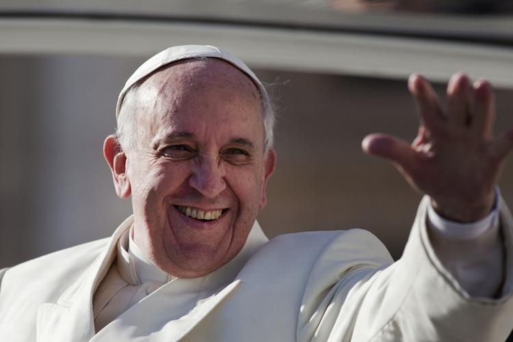 Papst-franziskus in Papst Franziskus treibt Klerus in Finanzkurse