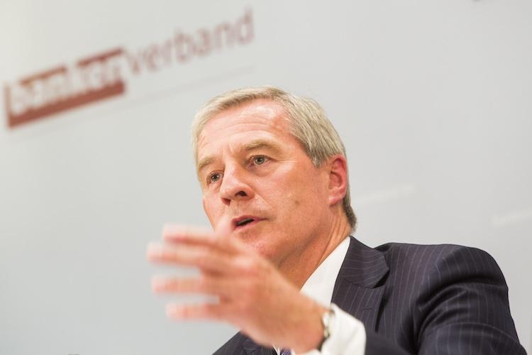 Banken: BdB-Präsident Fitschen sieht weiterhin große Herausforderungen