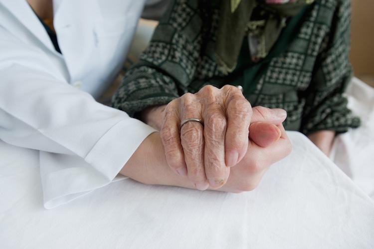 Pflegebeduerftig in Selbstzahlungen für Pflegebedürftige deckeln