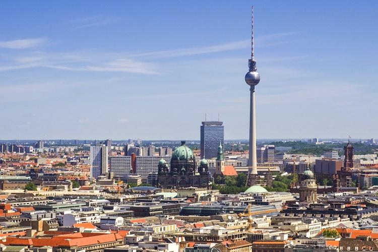 Berlin-shutt 137098556 in Dynamik bei Büromieten hält an – Berlin mit starkem Wachstum