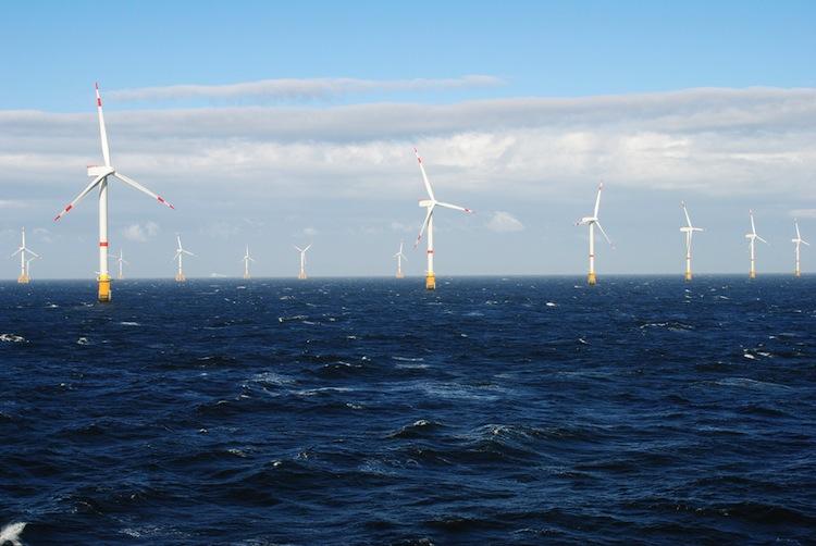 Shutterstock 162395318 in Offshore-Windparks wieder gefragt