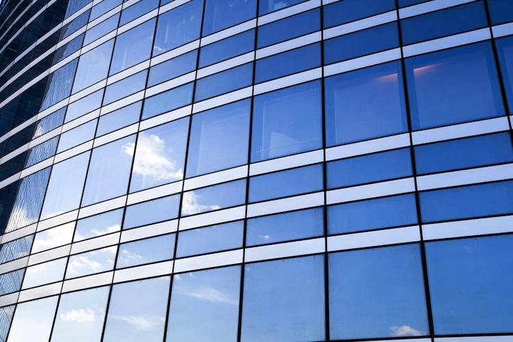Shutterstock 250393747 in Deutsche Finance kauft Industrieflächen in NRW