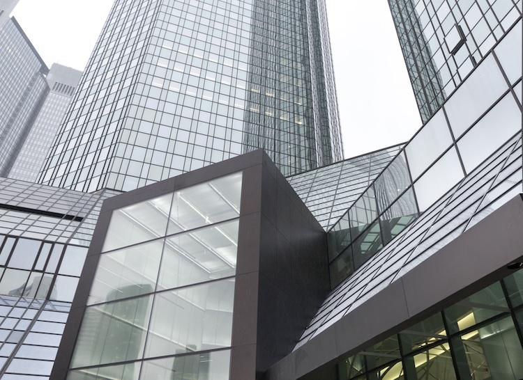 10 Die-neuen-Deutsche-Bank-T Rme-2 in Deutsche Bank: Vorsteuergewinn und Kosten steigen