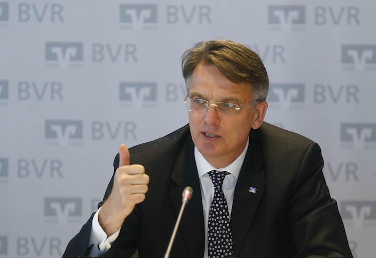 Fr Hlich-UweBVR in Studie: Nachteilige Folgen der Bankenregulierung beseitigen