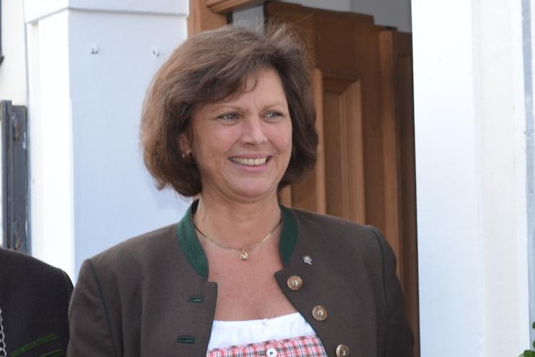 Ilse-Aigner in Ilse Aigner: Echte Anreize für längeres Arbeiten