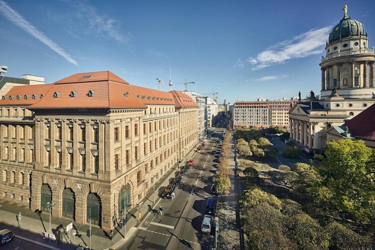KfW Niederlassung Berlin in KfW-Award Bauen und Wohnen 2015: Erster Preis geht an Neubau in historischer Scheune