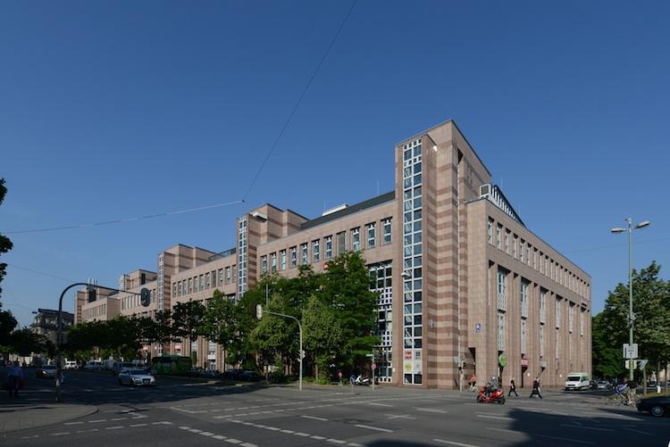 Neue-Hopfenpost in Invesco Real Estate schlägt in München zu
