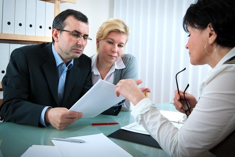 Beratung-makler-shutt 45593038 in Bestellerprinzip: Makler wollen Vermieter mit Serviceleistungen überzeugen