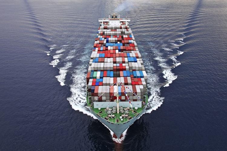 Shutterstock 118101748 in Conti: Neuer Schiffsfonds im dritten Quartal