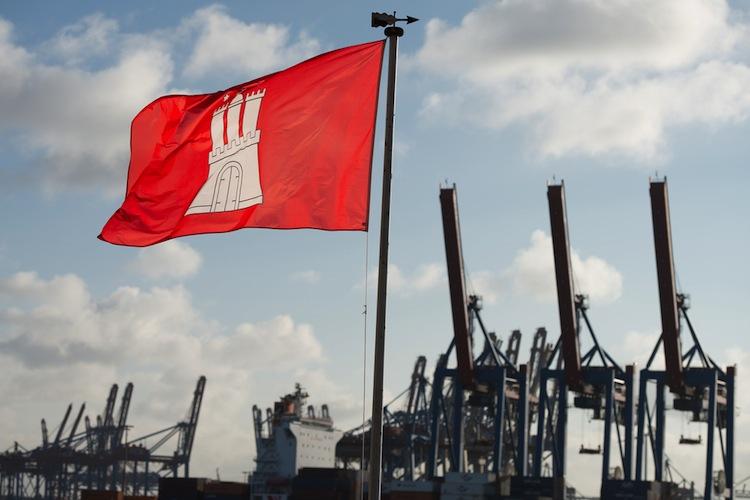 Shutterstock 269889920 in Project mit neuen Hamburg-Investments