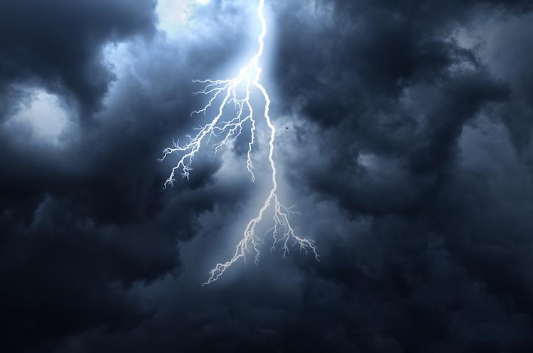 Blitz-unwetter in Schäden nach Blitzeinschlägen in Deutschland gestiegen