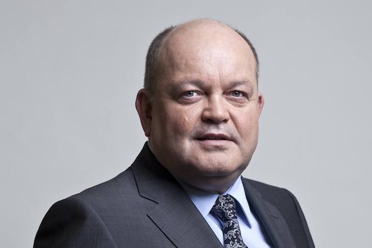 Bauer Allianz in Allianz verkleinert Führungsriege: Vorstand Bauer geht