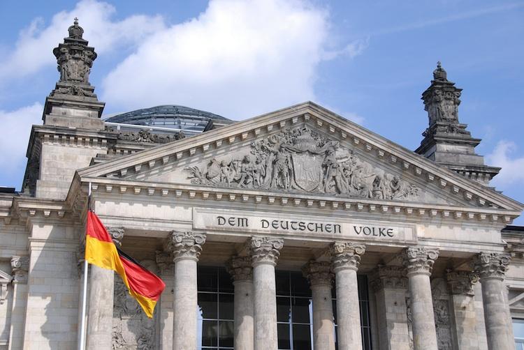 Bundestag in Griechenland: Grünes Licht für Hilfspaket mit unterschiedlichem Echo