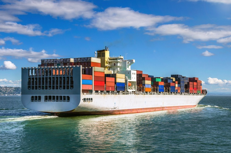 Shutterstock 292398590 in Umweltfreundlicher Treibstoff für Schiffe braucht Anschub