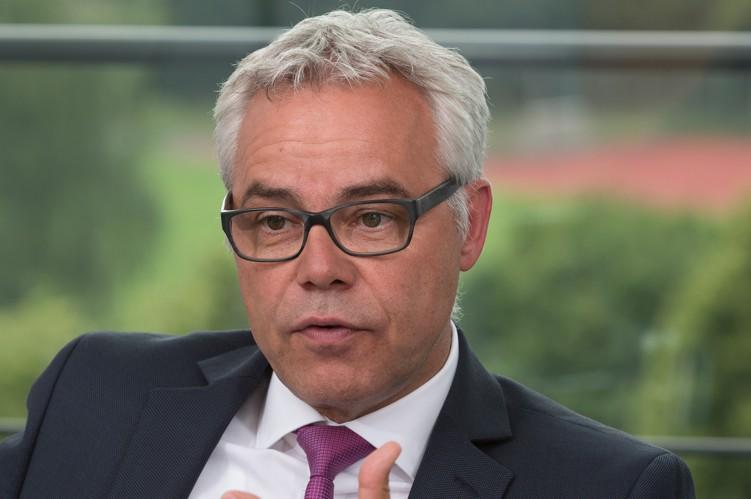 Ulrich-sommer in Führungswechsel bei der Apobank