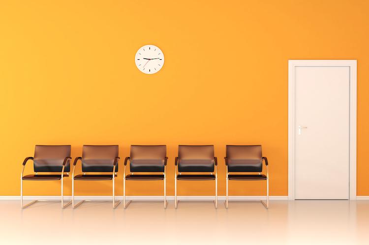 Wartezimmer in Kassenärzte: Wartezeiten nur in wenigen Fällen ein Problem