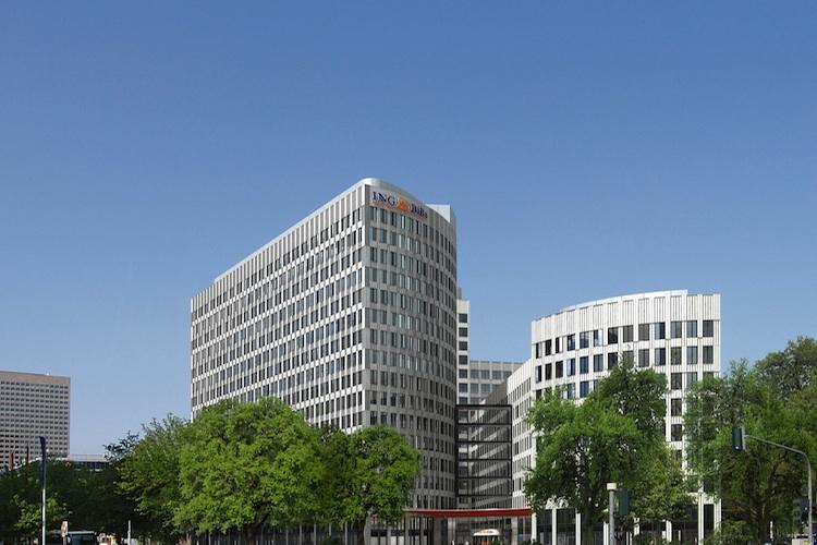 ING-Diba-Zentrale-Frankfurt in ING-Diba stellt neue Bestmarken im Jubiläumsjahr auf
