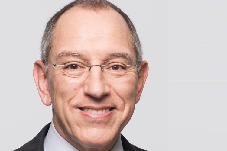 Peter Gloeckner IPH-Handelsimmobilien-Kopie in Und das Warenhaus hat doch Zukunft