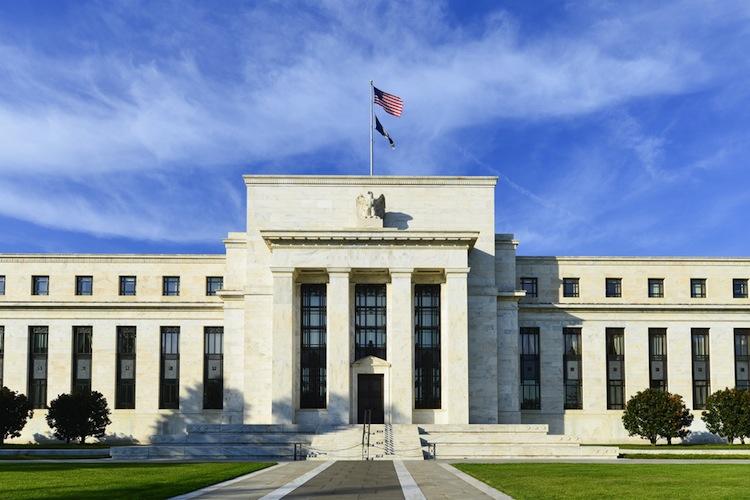 Shutterstock 160884488 in US-Notenbank schreckt vor Zinswende zurück