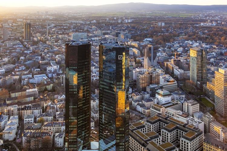 Deutsche-Bank-Zentrale-Frankfurt in Deutsche Bank bietet Beruhigungspille an