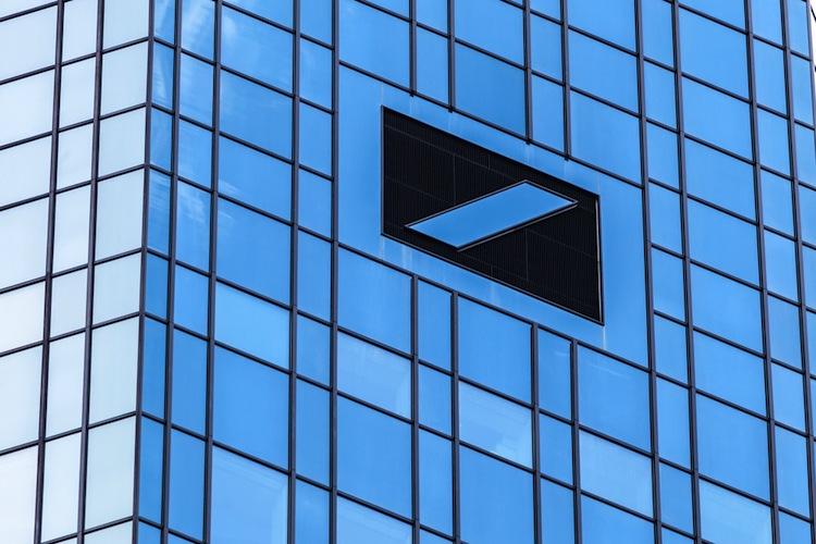 Shutterstock 271915643 in Radikaler Schrumpfkurs: Deutsche Bank baut tausende Stellen ab