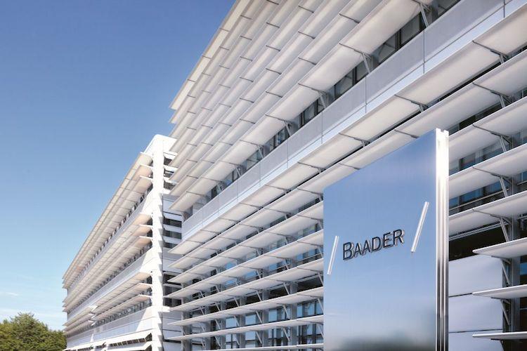 Geb Udefront Mit Baaderlogo 4976 1000px-Kopie in Baader Bank macht in Sachen Vermögensverwalter mobil