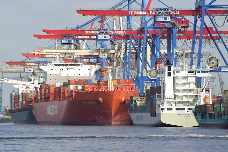 Hamburger-Hafen in Deutsche Exporteure setzen Rekordkurs fort