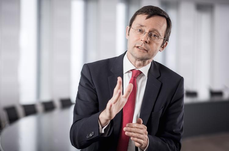 Kater in Sparkassen: Wertpapiere sind Ausweg aus Zinsdilemma