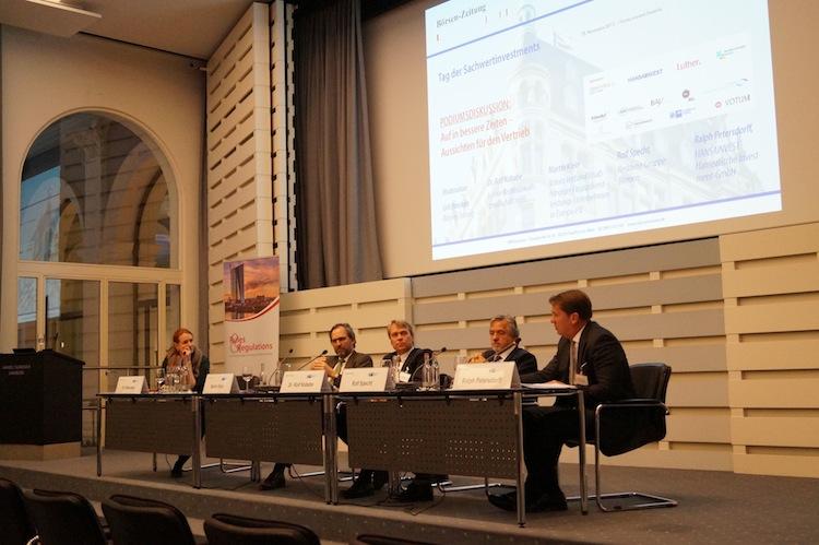 """Podiumsdiskussion in Die Branche muss digitale Wege finden"""""""