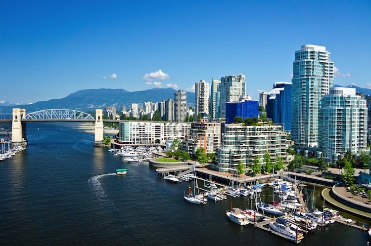Vancouver Shutterstock 212016496-Kopie in Weltweite Preise für Wohnimmobilien steigen leicht