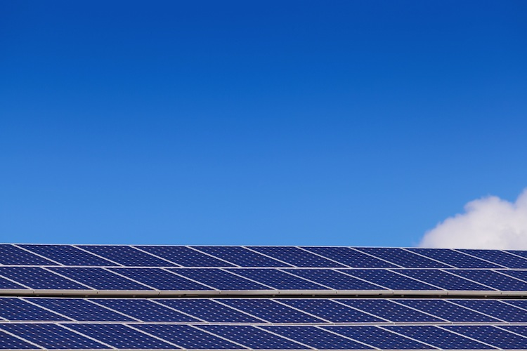 Shutterstock 144456508 in Neitzel & Cie.: Solarfonds schließt Investitionsphase ab