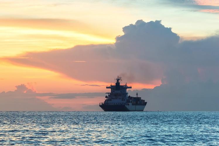 Shutterstock 219384487 in Conti: Neuer Schiffsfonds erst 2016