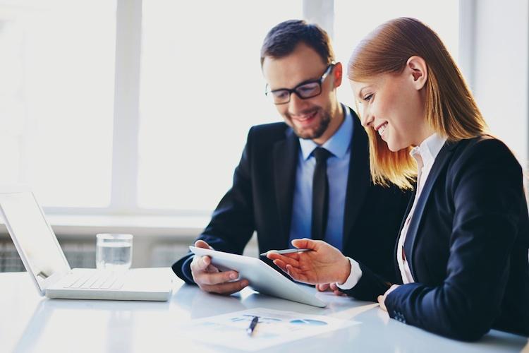 Studie: Warum Berater ETF oder aktive Fonds empfehlen