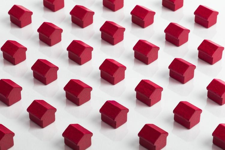 Immobilien Shutterstock 274249751-Kopie-2 in Entscheiderumfrage – Investoren setzen 2016 bei Immobilien auf mehr Risiko