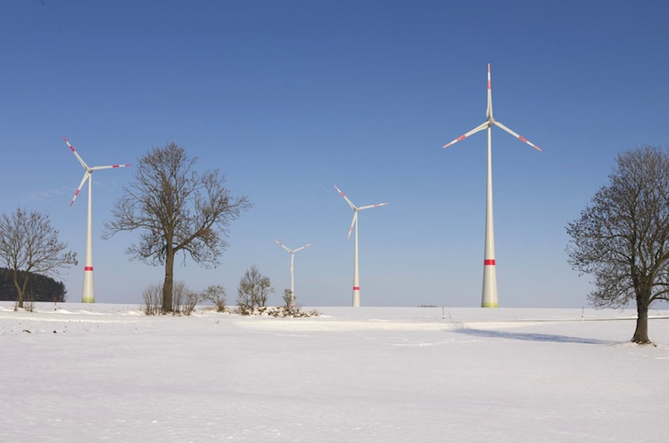 Windpark-Feilitzsch Copyright-Fotostudio-Schwarzenbach in Lacuna legt Energieportfolio auf