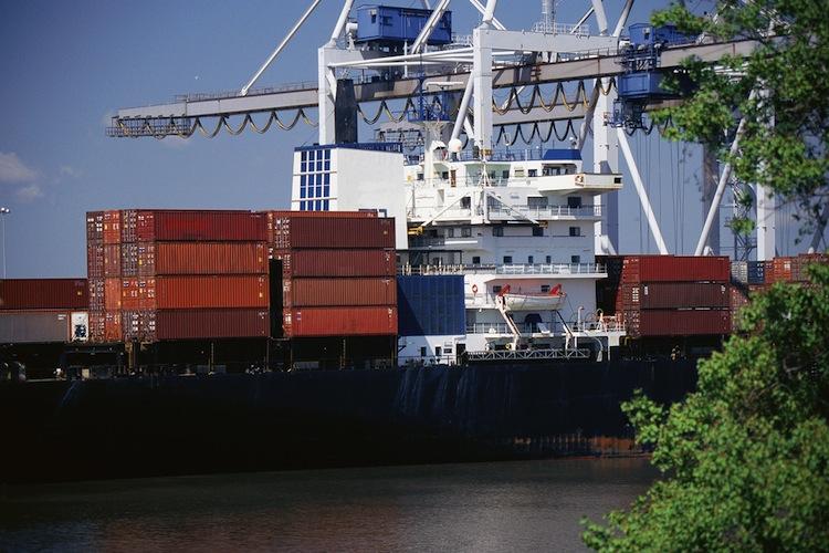 Shutterstock 136341437 in Deutsche Handelsflotte schrumpft weiter