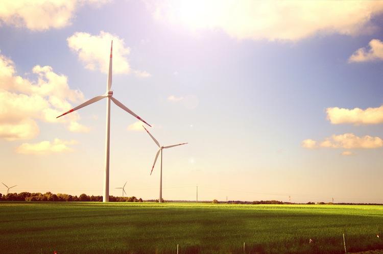 Shutterstock 225363073 in Bundesrat billigt Vorrang für Erdkabel bei Stromtrassen-Bau