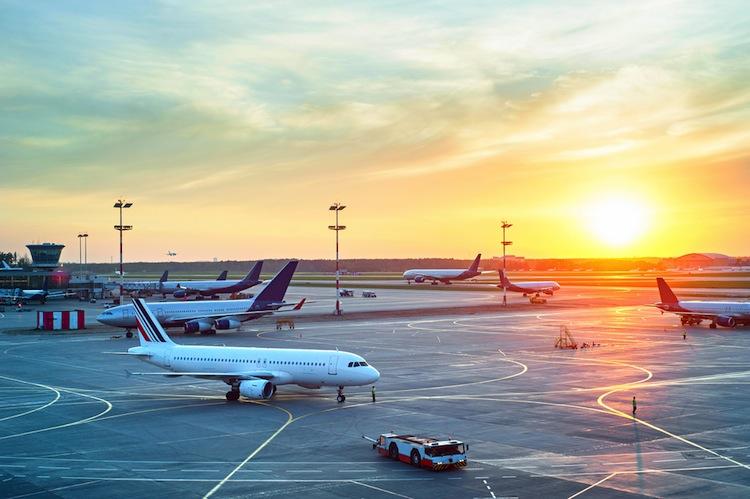 Shutterstock 324754607 in Luftfahrtbranche steuert auf Rekordgewinn zu