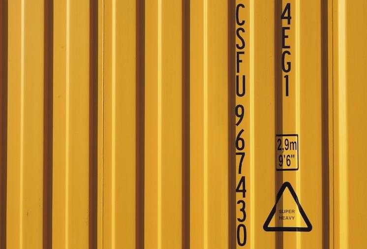 Buss-Containerstruktur Gelb in Buss Capital steigert Vorjahresergebnis
