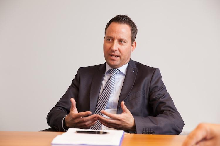 Gordon-Hermanni-Zurich in Wechsel in der Vorstandsetage der Bonnfinanz