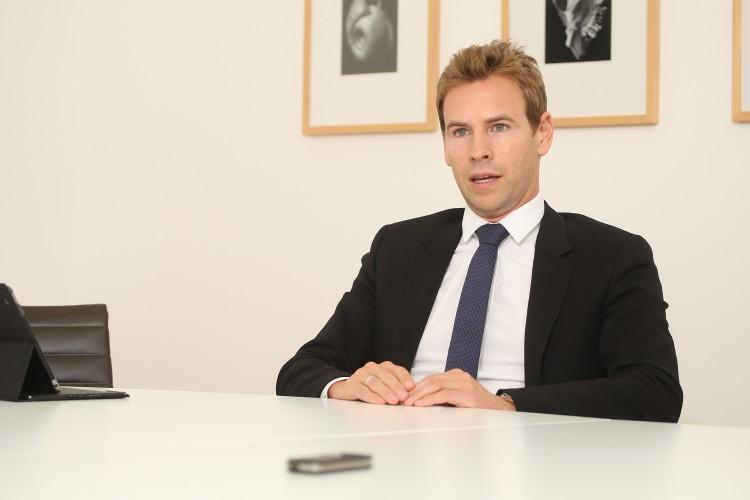 Interview Dr. Jens Erhardt