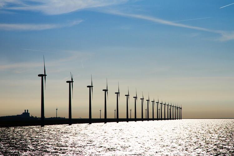 Shutterstock 100350116 in Erneuerbare decken 32,5 Prozent des Stromverbrauchs