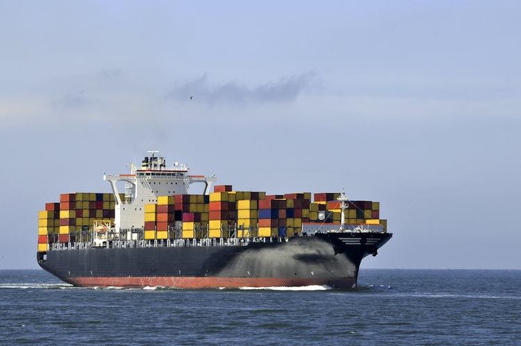 Shutterstock 238804552 in HSH-Abwicklungsbank sieht Schifffahrtskrise durchschritten